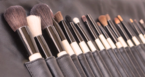 beauty school how to use store and clean makeup brushes